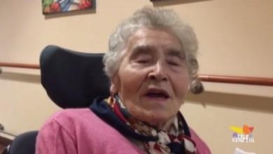 Photo of Casa di riposo: nonna Aurelia Ines in videoconferenza con figli e nipoti