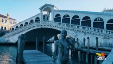 Elena Tagliapietra: Venezia si Risveglia. Performance di body painting