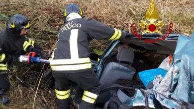 Eraclea, auto finisce nel fossato: feriti due anziani