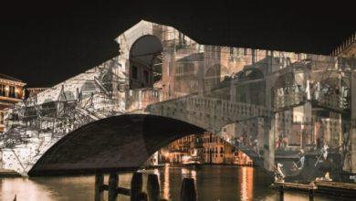 Natale di Luce 2020 tinge d'arte il Ponte di Rialto