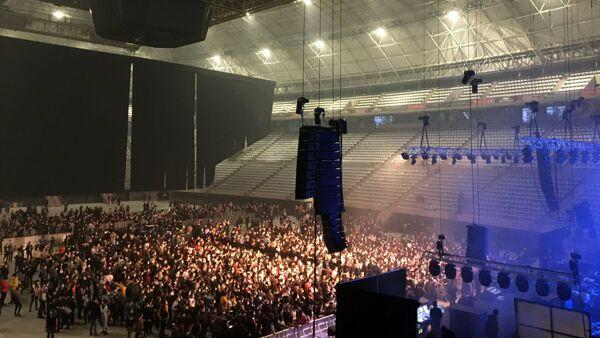 Concerto con 5000 persone: a Barcellona l'esperimento funziona