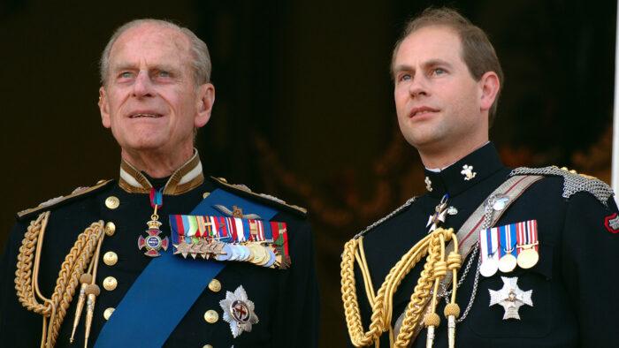 """Il principe Edoardo: """"Meglio stare fuori dai drammi di Harry e Meghan"""""""