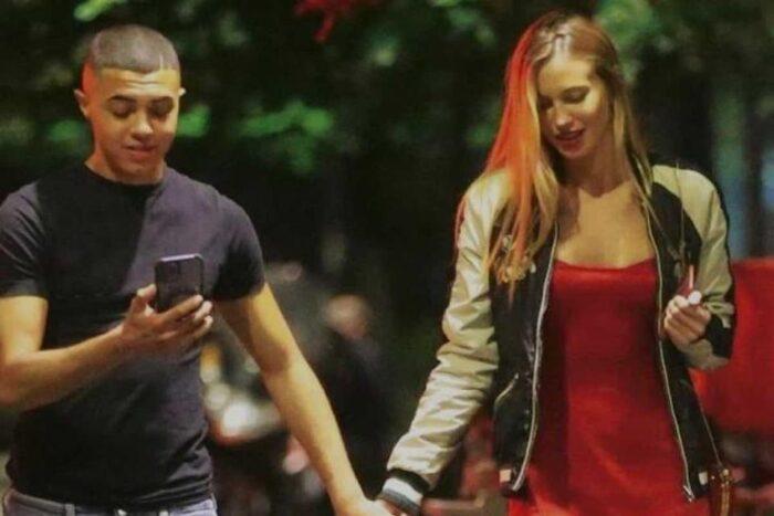 Taylor Mega e il rapper Sacky di 19 anni: è amore