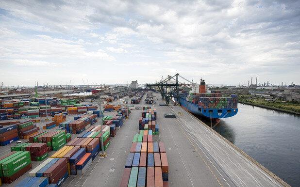 Porto di Venezia: sequestro di un container destinato al Camerun