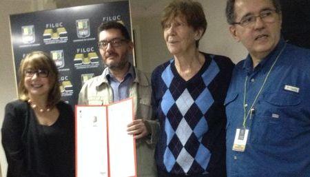 Luis Moreno Villamedia ganó el premio Salvador Garmendia