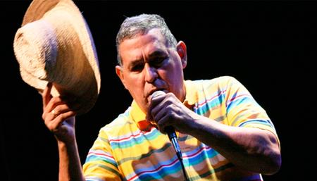"""Gualberto Ibarreto: """"Mientras pueda cantar estaré con mi pueblo"""""""
