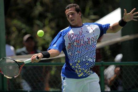 Luis David Martínez pasa a cuartos en Florida