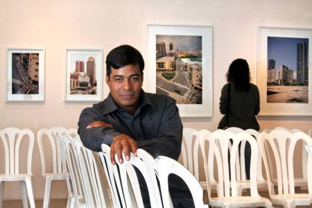 Augusto Marcano interviene el violento silencio de Caracas