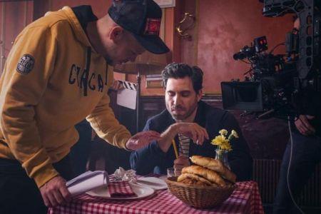 Édgar Ramírez en el nuevo video de Residente de Calle 13