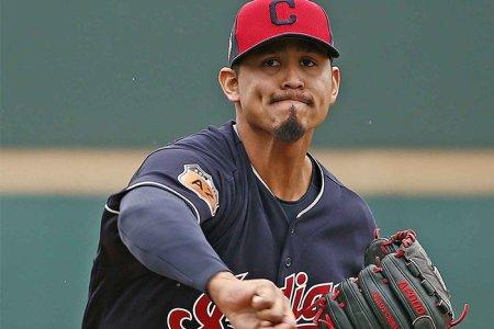 Carlos Carrasco tuvo un regreso esperanzador