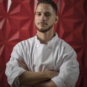 Israel Morales, fusión y creatividad en la cocina