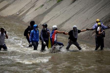 40 Maneras de Apoyar a Venezuela Desde el Extranjero