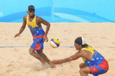 Venezolanos pasaron a semifinales en parada suramericano de voleibol de playa