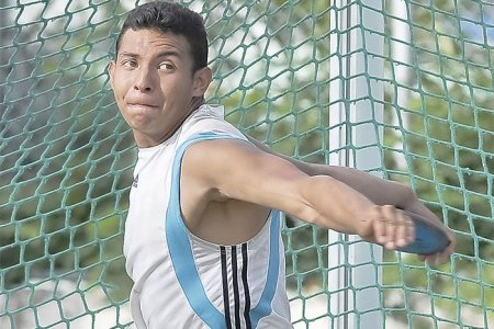 Cristopher Torres roza la marca para Mundial juvenil