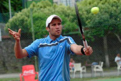 Jordi Muñoz Abreu triunfante en torneo de dobles español