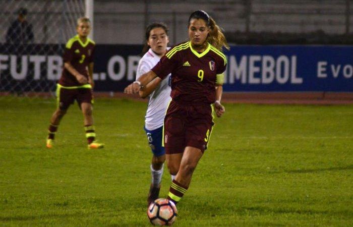 Deyna Castellanos da victoria a Venezuela
