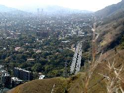 Vista a la cota Mil, y del viaducto de Los Chorros