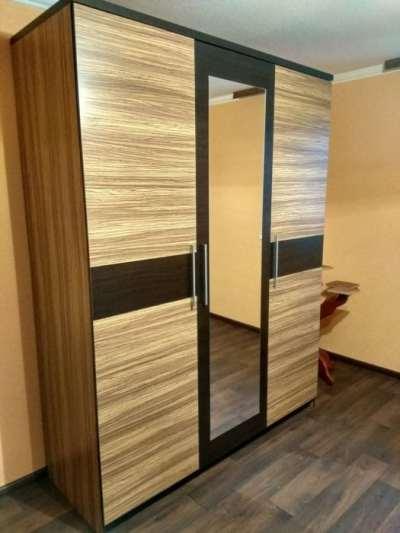 шкаф в спальню купить недорого Киев