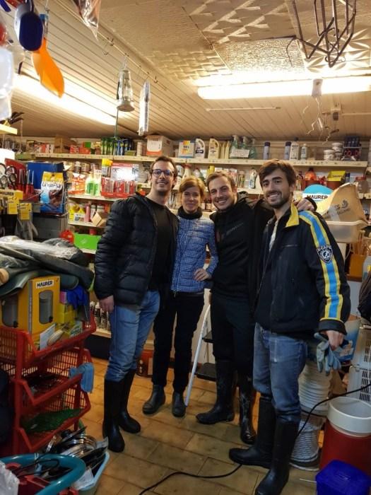volunteers in venice
