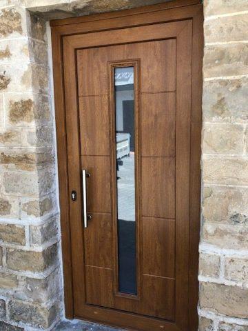 Instalación puerta entrada Santacara