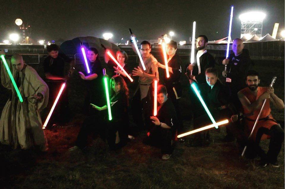 Topolino incontra Ludosport: a scuola di spada laser