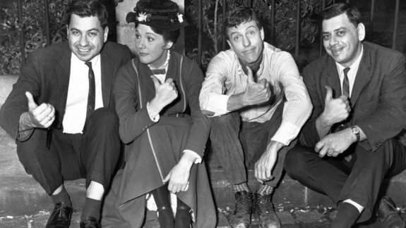 Fratelli Sherman insieme a Julie Andrews e Dick Van Dyke.