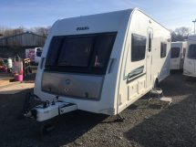 Elddis Chatsworth Avante 574 Fixed Twin Beds Used