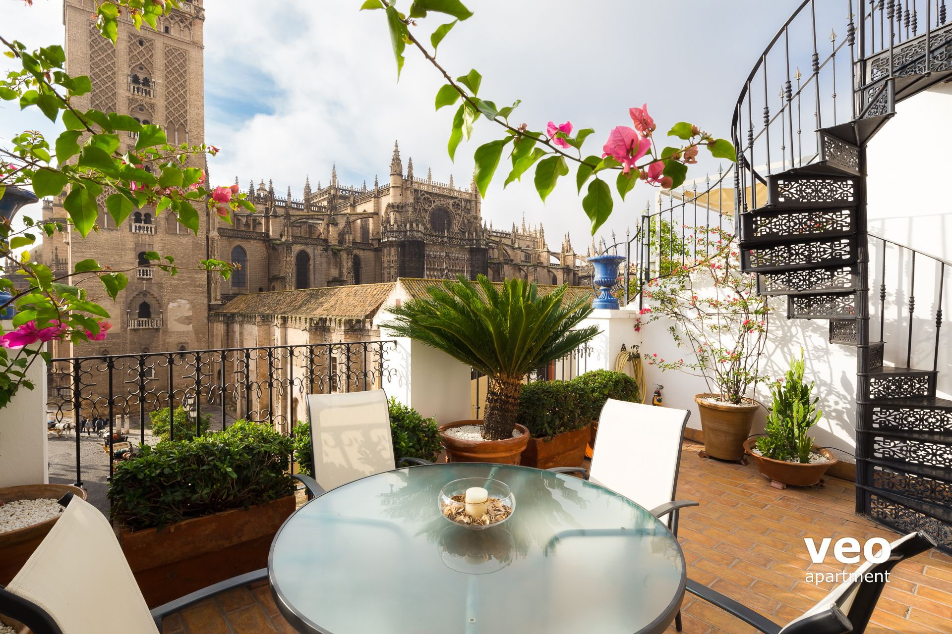 Seville Apartment Alemanes Street Seville Spain  Catedral Terrace  Furnished Apartment