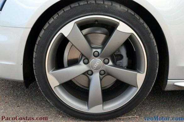 Audi A4 2.0 TDI 150cv S-Line Multitronic (14)