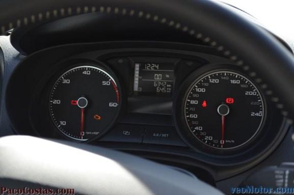 Seat Ibiza 1.6 TDI 105cv 30 Aniversario (22)