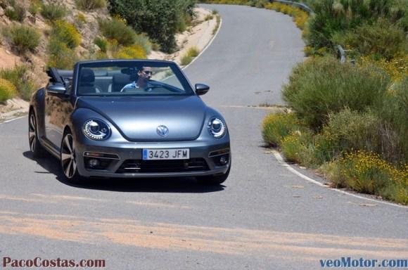 Volkswagen Beetle R-Line 2.0 TDI (37)