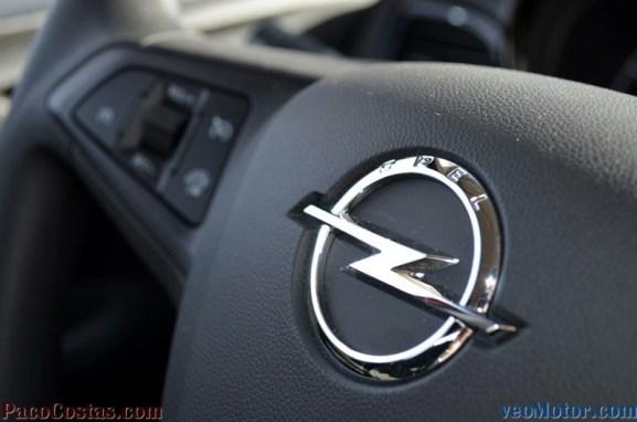 Opel KARL Selective 1.0 75cv (26)