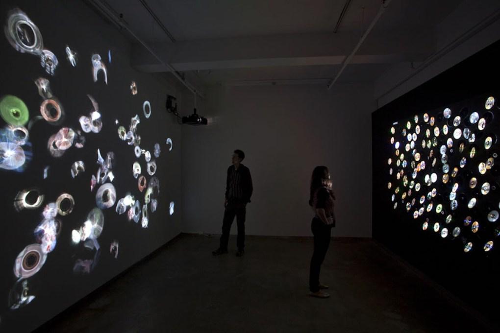 """Daniel Canogar. Spin"", Mimmo Scognamiglio Artecontemporanea, Milano, 2011."