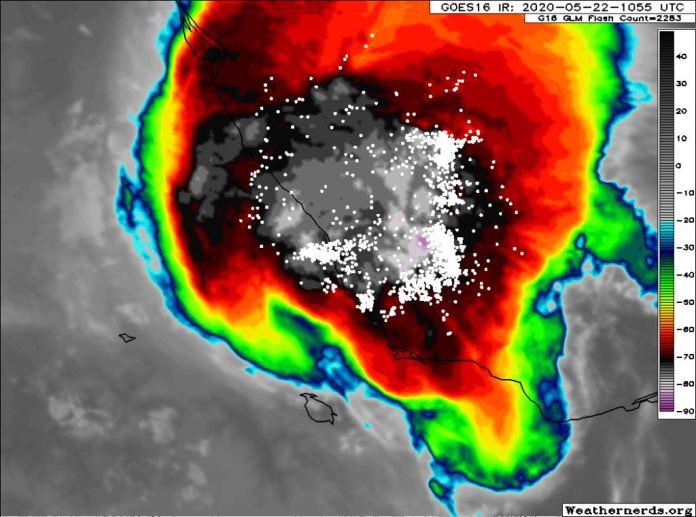 Turbonada impacta en 16 municipios del norte de Veracruz