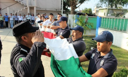 Autoridades celebran Natalicio de Benito Juárez