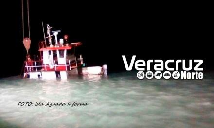 Se Hunde El Remolcador Capitán Tomas Al Tratar De Cruzar La Barra.