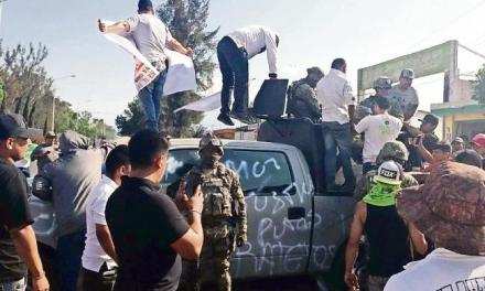 Manifestantes agreden a Marinos en Jalisco