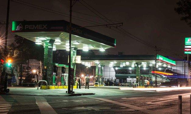 Pemex atiende retraso en la distribución de combustible