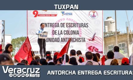 ENTREGA DE ESCRITURAS DE LA COLONIA UNIDAD ANTORCHISTA EN TUXPAN
