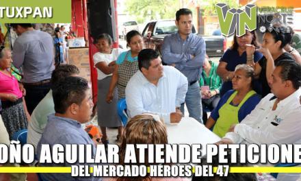 Toño Aguilar atiende peticiones del Mercado Héroes del 47