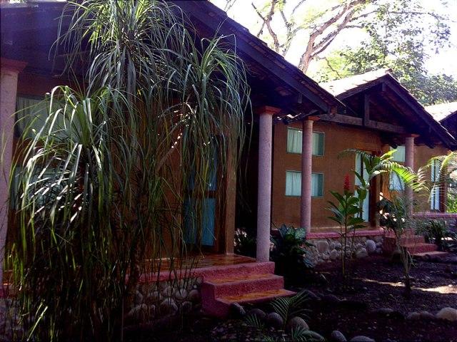 Hospedaje y Alojamiento En Las Cabañas Del Río Pescados Jalcomulco Veracruz