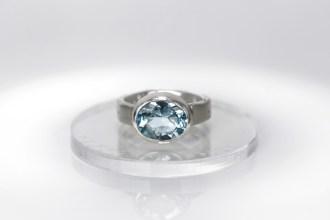 splendor-blue-topaz-ring-verba