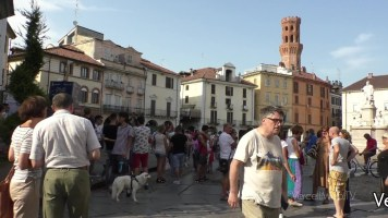 Vercelli: manifestazione contro il green pass sabato pomeriggio in piazza Cavour