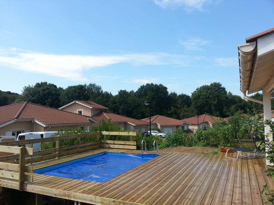 piscine sur mesure pour petit jardin vercors piscine. Black Bedroom Furniture Sets. Home Design Ideas