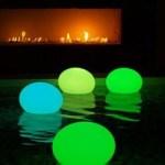 Luminaires flottants pour piscine