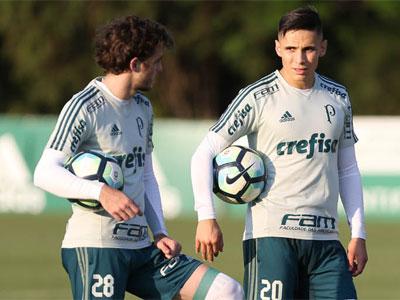 Hyoran e Raphael Veiga