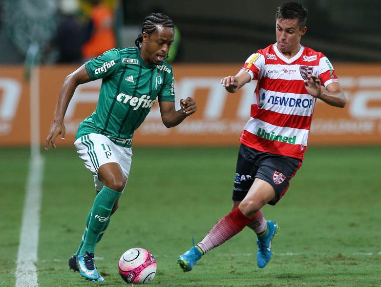 Palmeiras 2x2 Linense