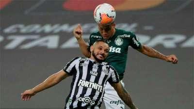 Breno Lopes marca o gol decisivo na Libertadores 2021 contra o Santos