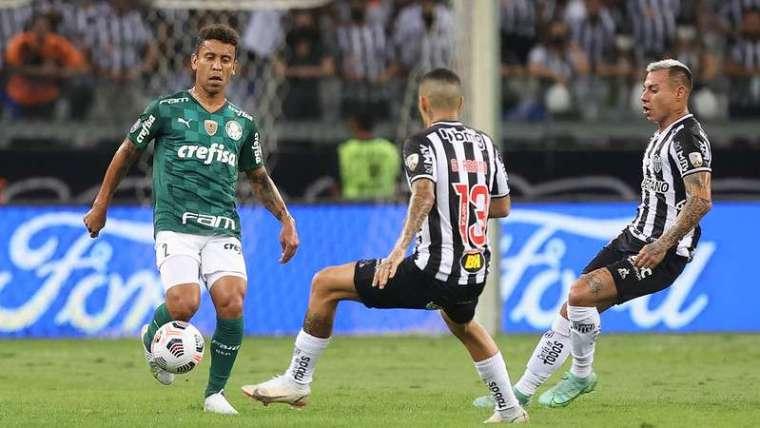 Marcos Rocha em jogo do Palmeiras contra o Atlético-MG, durante segunda partida válida pelas semifinais da Libertadores 2021, no Mineirão.