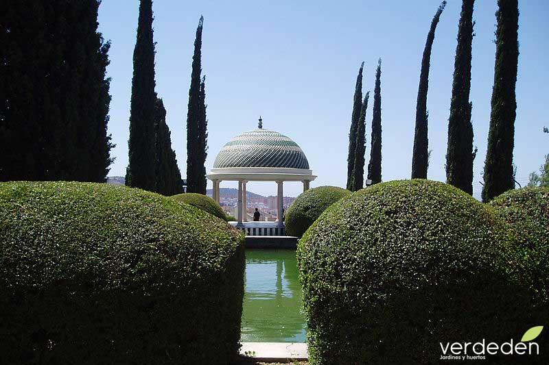 Templete jardín de la Concepción